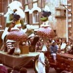 """1981 Mi-Carême / Carnaval de Cholet """"Bécassine chez les Schtroumpfs"""""""