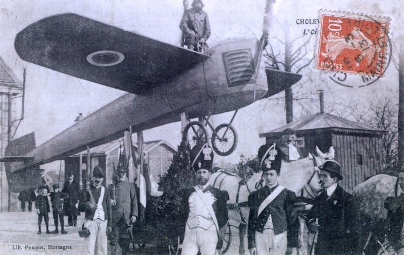Les avions de la mi-carême et du carnaval de Cholet