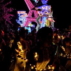 Carnaval de nuit au départ