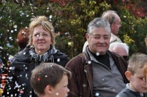 System'D Spectateurs et confettis Carnaval Cholet. 6temdassos.fr 33