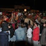 System'D la nuit. C'est parti pour le défilé dans la foule des spectateurs.